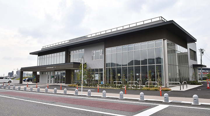 長良川健康ステーション全景